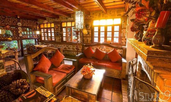 Hotel y Restaurante Casa Antigua El Chalet