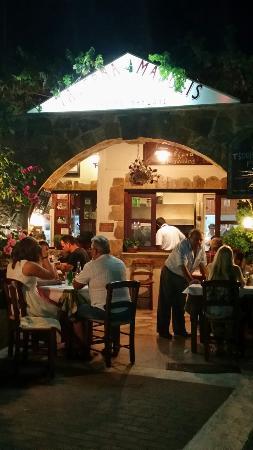 Manolis Taverna-Restaurant: 20150830_211505_large.jpg