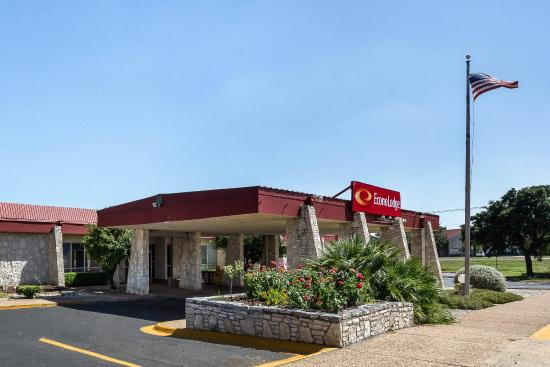 Econolodge Of Kerrville: Exterior