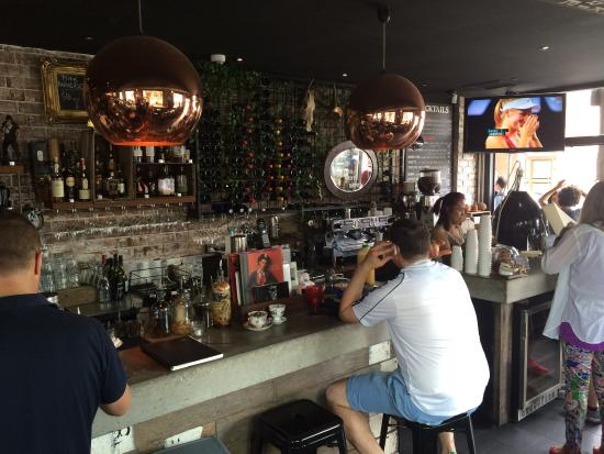 Rozelle, Australia: Saturday morning at Corner Bar