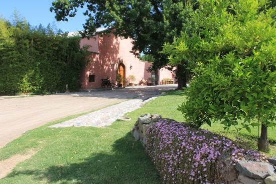 Clos de Chacras: Winery