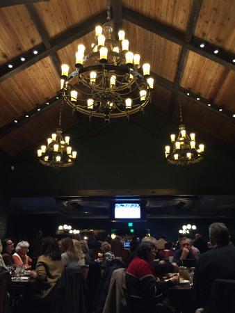Romeoville, Илинойс: Main Dining Area looking toward bar