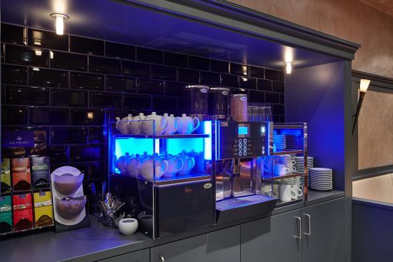 Hotel Koenigshof: Frühstücksraum Kaffeespezialitäten