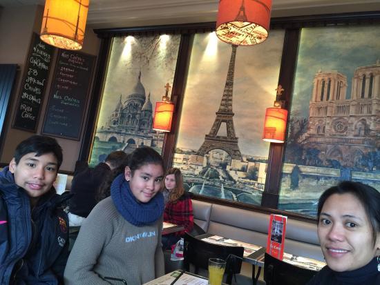 Castel Cafe Photo