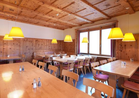 Seeblick Hohenhotel: Restaurant - Bergstube