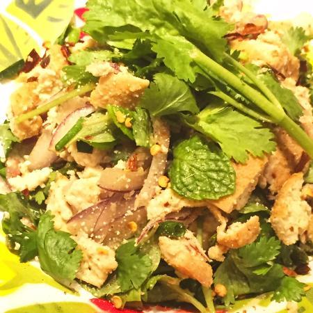 Tit-chai thaifood restaurant: tofu spycy salad