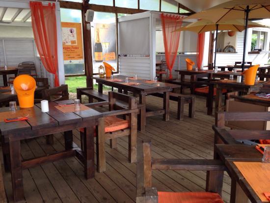 Moorea Beach Cafe: Je n'ai pu résister à prendre une photo lors de notre passage entre amis pour boire un verre. Ca