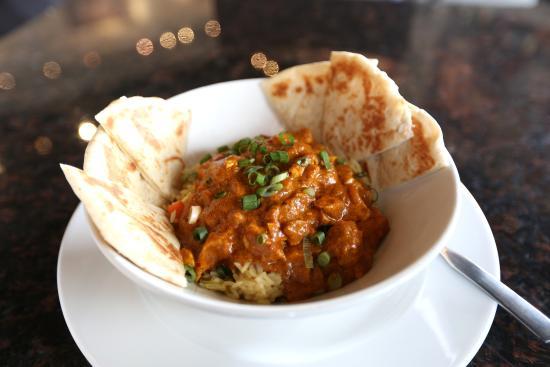 Symposium Cafe Restaurant & Lounge: Butter chicken rice bowl