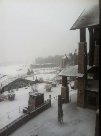 Hamburg, Nueva Jersey: Snowy day, cozy fire and room service
