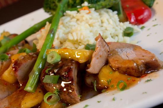 Symposium Cafe Restaurant & Lounge: Thai pineapple pork tenderloin