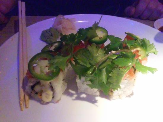 Moon Thai & Japanese: Sushi
