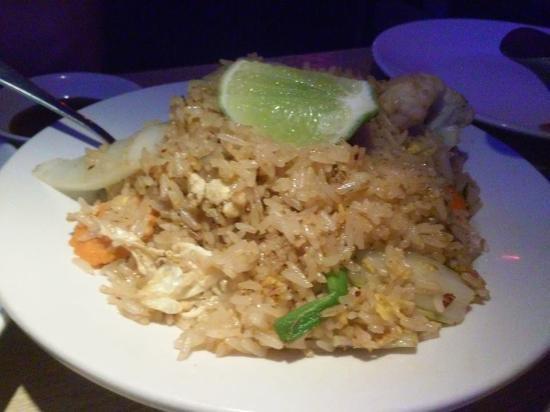 Moon Thai & Japanese: Fried rice