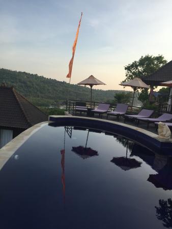 Sunrise Hut's Lembongan Photo