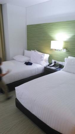 Holiday Inn Express Cartagena Bocagrande Photo
