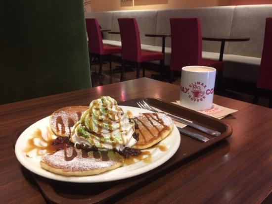 Climax Coffee Minatogawa Happytown: パンケーキは全種類食べましたが私の一押しは抹茶黒蜜パンケーキ
