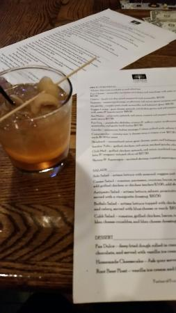 Rustique Pizzeria: Great old fashions