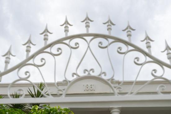 La Colonial 1861: Fachada