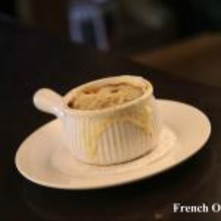 Symposium Cafe Restaurant & Lounge: French onion soup