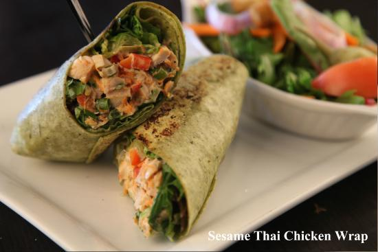 Symposium Cafe Restaurant & Lounge: Sesame thai chicken wrap