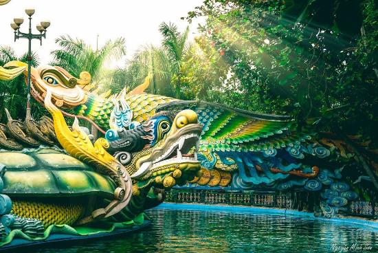 Suoi Tien Theme Park: Four holy animals