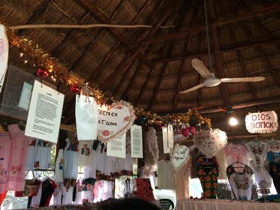Ixchel Jungle Spa: Dios Botick:)