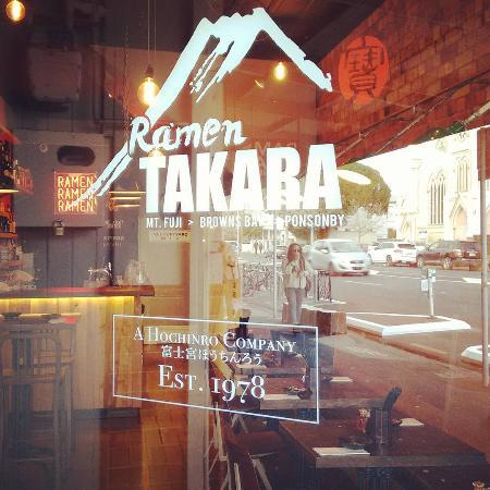 Ramen Takara Ponsonby: Exterior