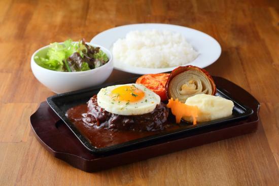 hamburg Steak Pound Shijo Muromachi: 半熟目玉焼き・煮込みデミグラスソース