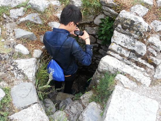 Shkoder, Albania: Secret passage- the catsle Rozafa