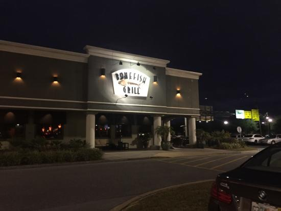 Bonefish Grill offers a variety of appetizers, soups, salads, grilled fish dishes, wines and martinis. Bonefish Grill is known for using ingredients such as hearts of palm, pine nuts, artichokes, goat cheese and sun-dried tomatoes.8/10().