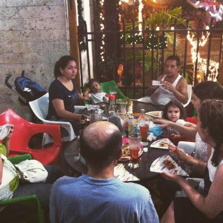 Fiesole Pizzeria: Buenos momentos