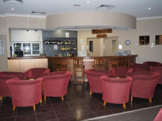 Pittsworth Motor Inn: Rusty's Bar & Grill Lounge