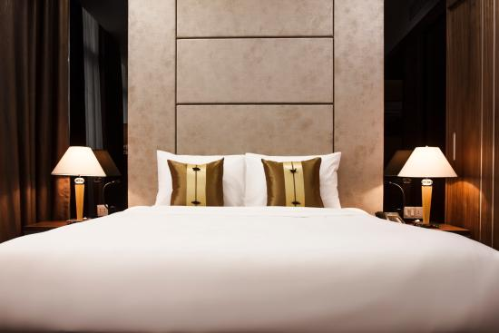 Hadana Boutique Hotel: Deluxe room - Bed detail