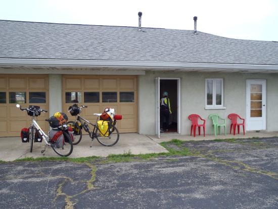 Quaint Cordle Motel