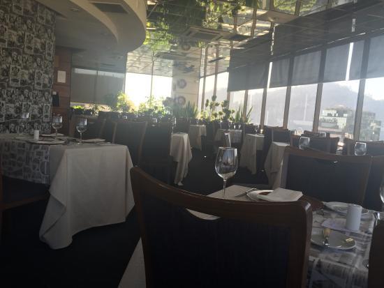 Giratorio Restaurant Photo