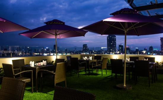 Hadana Boutique Hotel: Restaurant-outdoor