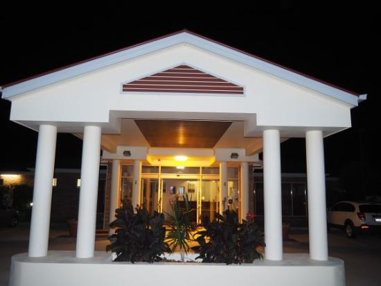 Pittsworth, Australia: Portecochere Lobby entrance