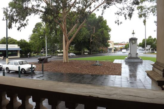 Eaglehawk Town Hall: View from the lower balcony
