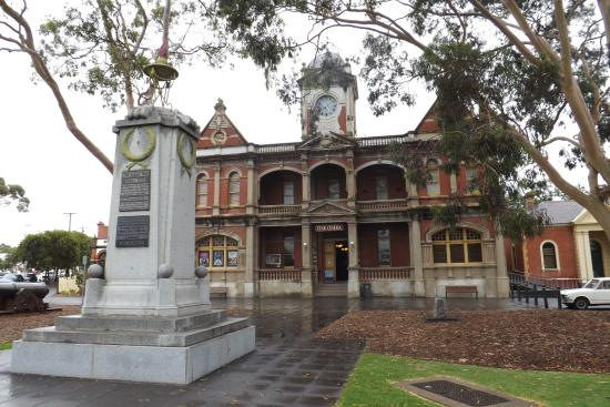 Eaglehawk Town Hall