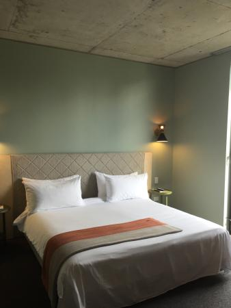 Alex Hotel: This is the 'large' room