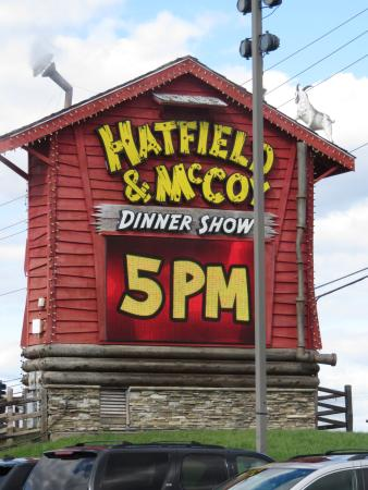 Hatfield & McCoy Dinner Show: Sign on the Road