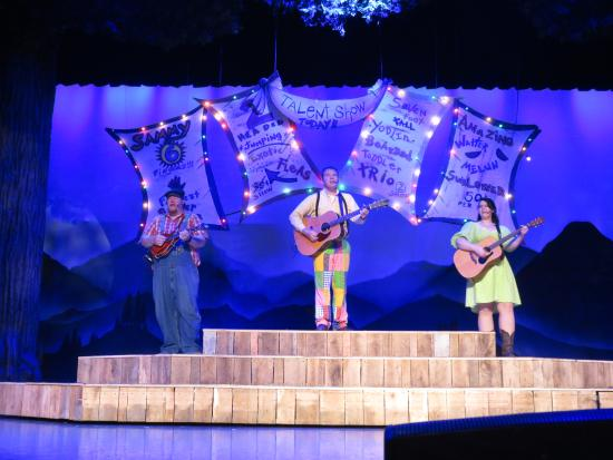 Hatfield & McCoy Dinner Show: Part of the Talent Show