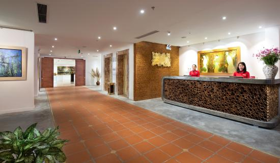 MK Premier Boutique Hotel: Reception