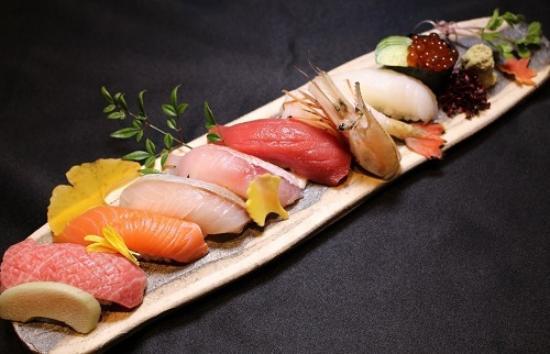 SASAGAWA Japanese Restaurant: Sushi all  all japan ingredient by air