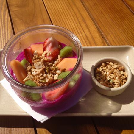 Garden Kitchen & Bar Photo