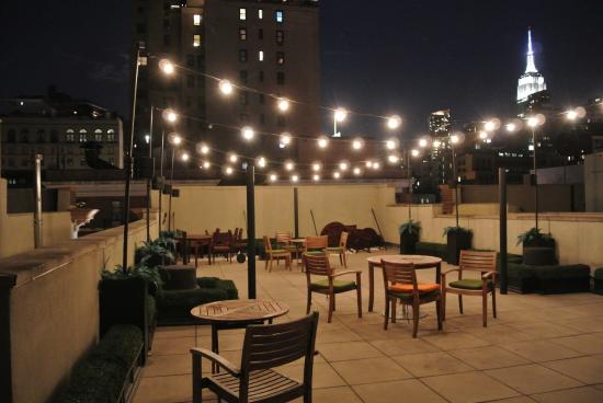 The GEM Hotel Chelsea: Terrace on the roof