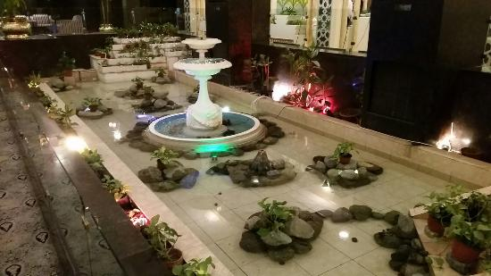 Dhahran, Arábia Saudita: Inside hotel