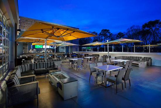 Topgolf rooftop terrace and bar picture of topgolf for 530 terrace ave virginia beach