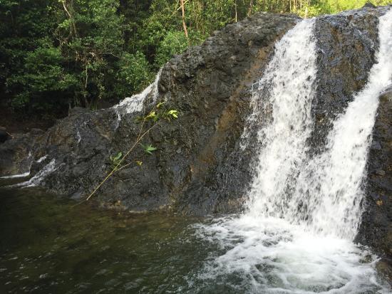 Tangalan, ฟิลิปปินส์: jawili waterfalls