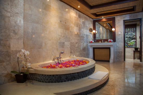 Pita Maha Resort and Spa: bathroom