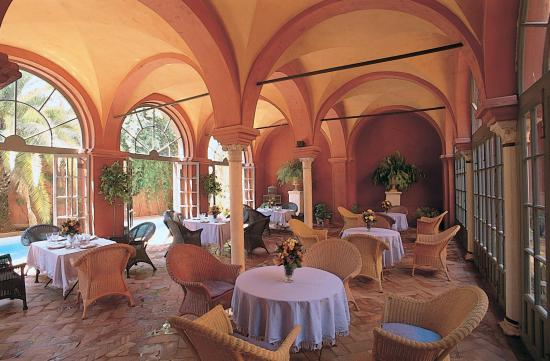 Casa Palacio de Carmona: Breakfast at the Loggia